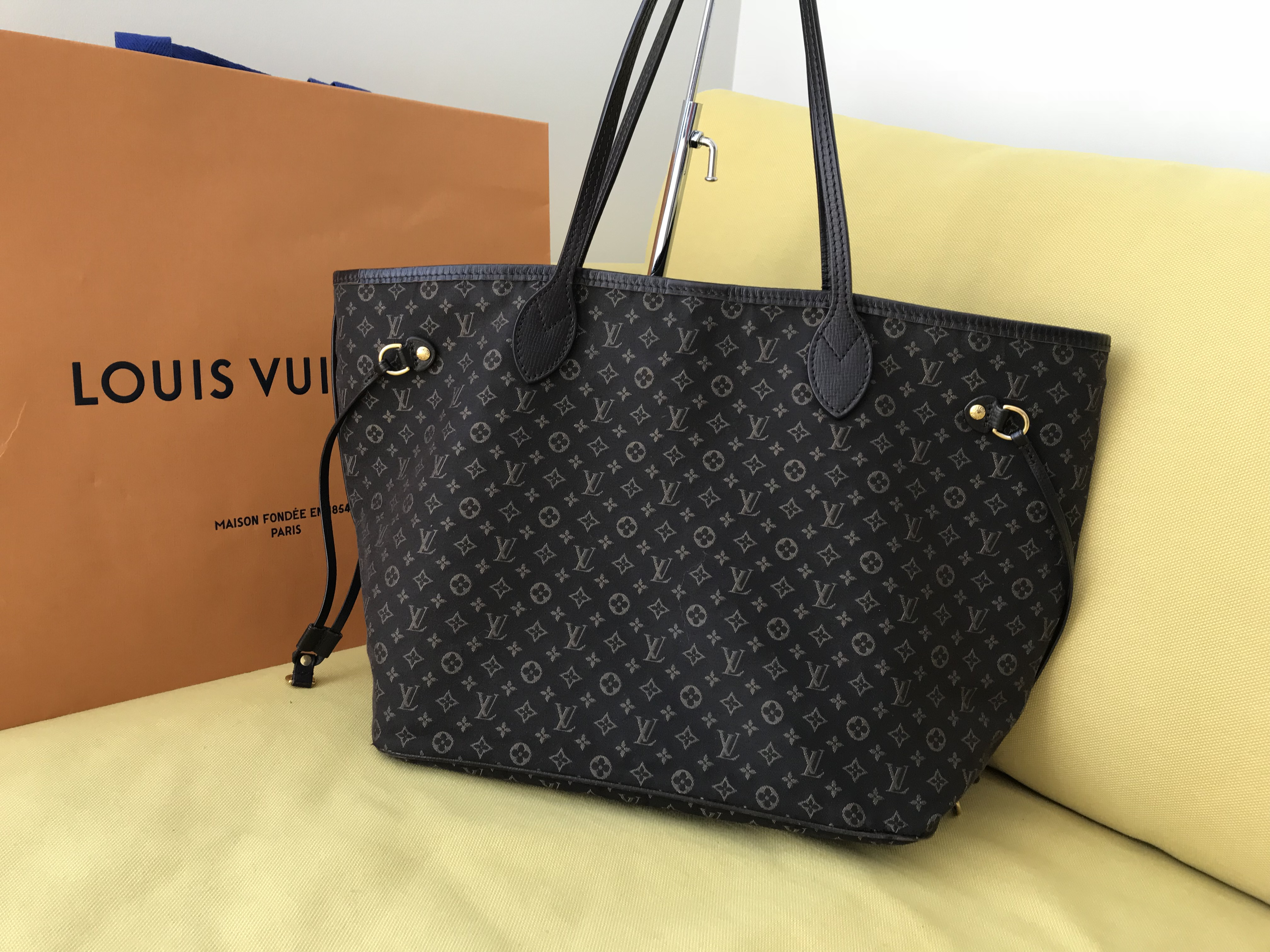 Home   Bags   Totes   Louis Vuitton Fusain Monogram Idylle Neverfull MM  Tote Bag 25952ab2e8288