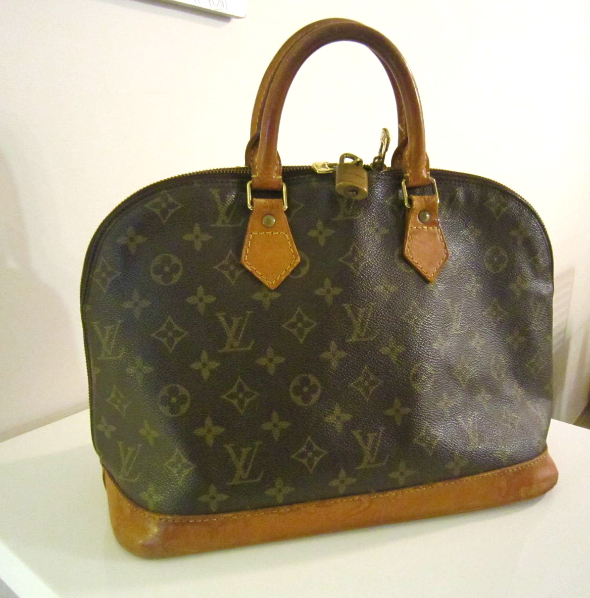 5d17212bf8cc Louis Vuitton Vintage Monogram Alma Handbag - Luxurylana Boutique